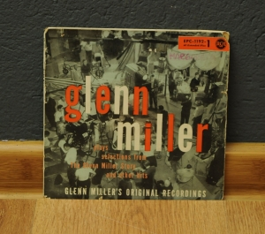 "Glenn Miller And His Orchestra ‎– Glenn Miller Plays Selections From ""The Glenn Miller Story"" And Ot"