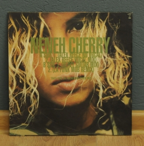 Neneh Cherry ‎– Woman